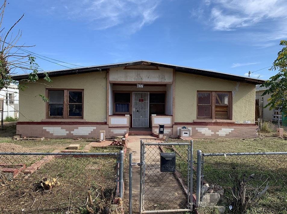 457 S Grand Mesa AZ 85210 wholesale properties