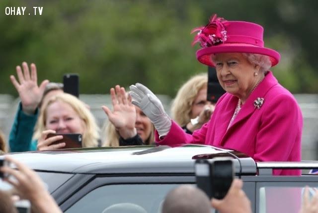 3. Nữ hoàng tổ chức sinh nhật 2 lần/năm,hoàng gia anh,quy tắc,luật lệ,gia đình hoàng gia,nước anh