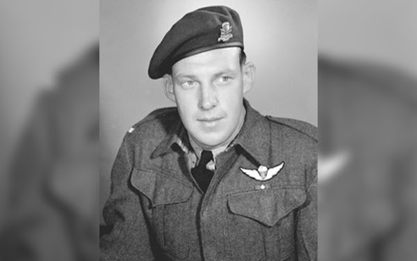Paratrooper medic awarded the Victoria Cross