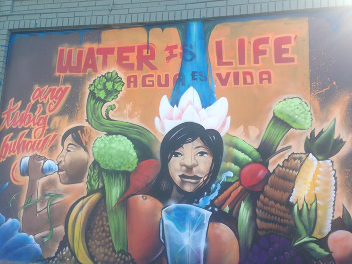 three_amigos_market-mural.jpg