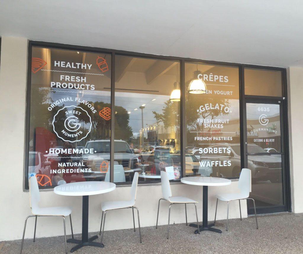 Vente de fond de commerce : trèstendance ce magnifique Café entièrement renové/ Clefs en main en plein coeur du quartier de South Miami, est disponible à la vente.