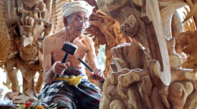 Mas Village the center high-quality Balinese woodcarvings