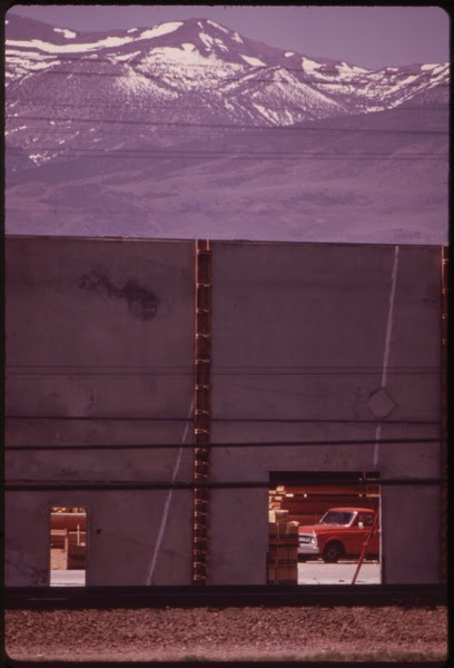 File:ALONG 1-80, OUTSIDE RENO - NARA - 553131.tif