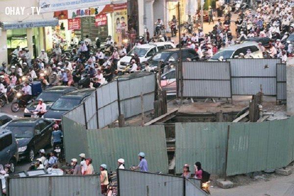CƯỜI BỂ BỤNG với chùm ảnh giao thông các nước trên thế giới