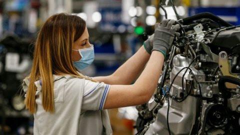 Nè licenziamenti nè aumenti salariali: la Uilm propone un Patto