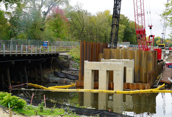 Weekly Construction Photo: Cedar Lake Channel Freight Bridge in Minneapolis