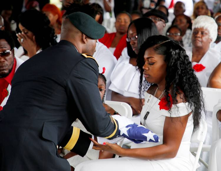 Myeshia Johnson, wife of U.S. Army Sergeant La David Johnson, at a graveside service in Hollywood, Florida, (Reuters/Joe Skipper)