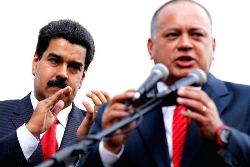 Diosdado-Cabello-con-Nicolas-Maduro-7-800x533-005