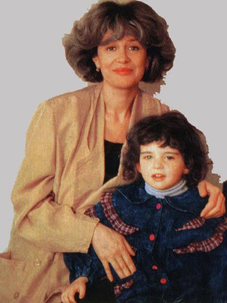 Новые лица: знакомьтесь - дочь Нееловой и Каспарова