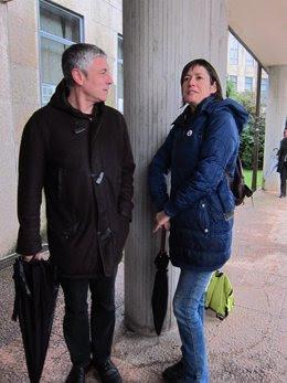 Ana Pontón (derecha) y Bieito Lobeira antes del acto conciliación juzgados
