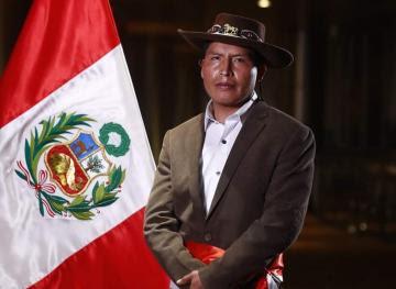 Víctor Mayta juró como nuevo ministro de Agricultura haciendo énfasis en la seguridad alimentaria