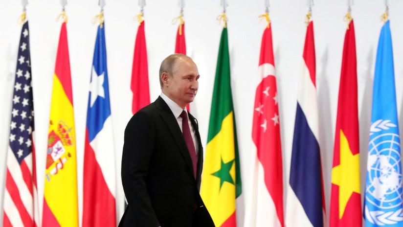 Putin: El formato Rusia-China-India conlleva un beneficio obvio para la solución de problemas internacionales y regionales