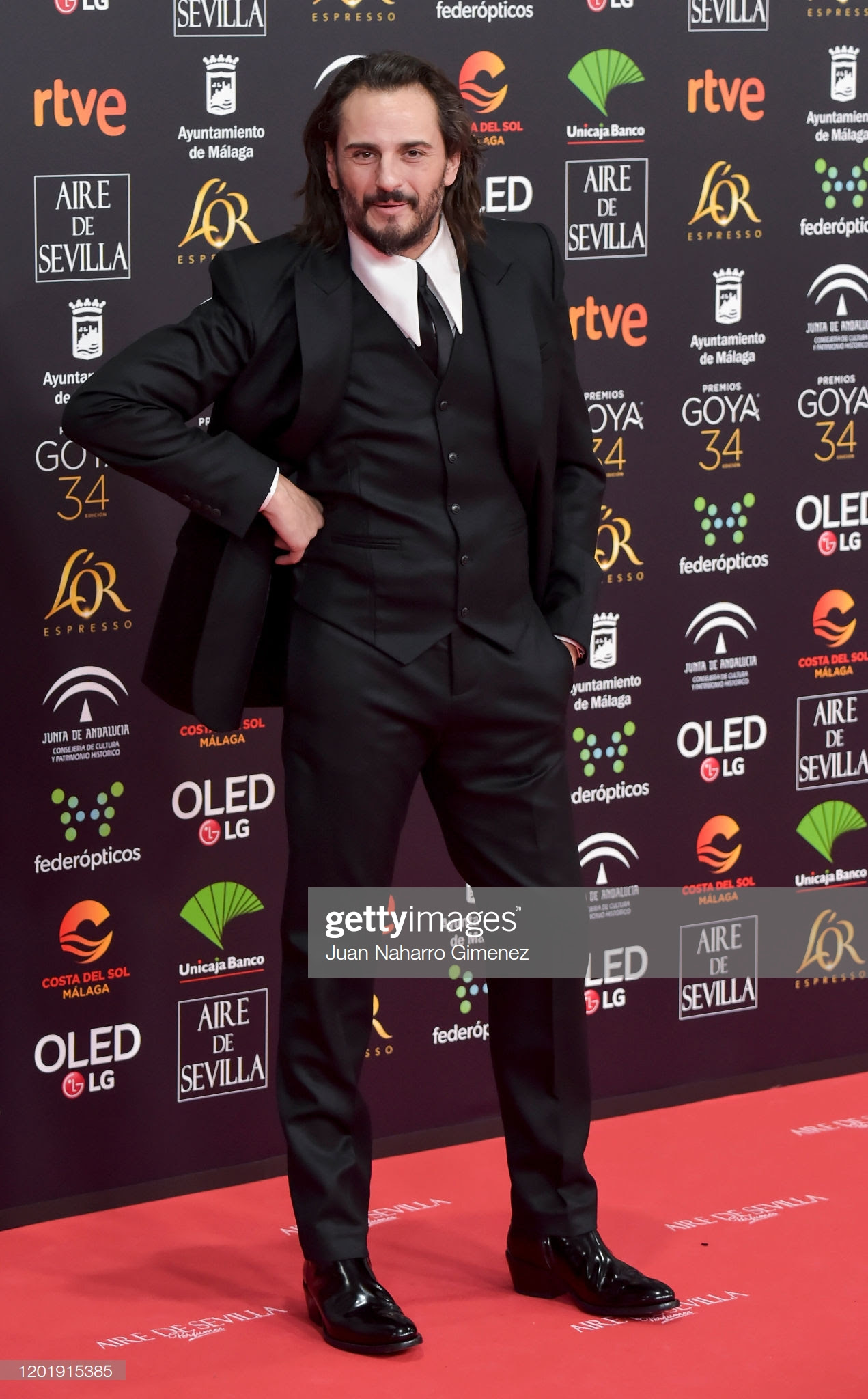 339f479b 00e0 45f0 b445 f24d3d07a1db - Premios Goya 2020 : Looks de todas las celebrities que lucieron  marcas de Replica