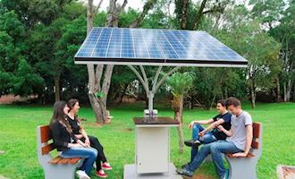 Universidade disponibiliza energia fotovoltaica em pontos de ônibus