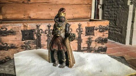 Melchior-Figur der Weihnachtskrippe im             Ulmer Münster (Foto: SWR, Volker Wüst)