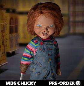 Child's Play 2 Mezco Designer Series Mega Scale Talking Chucky