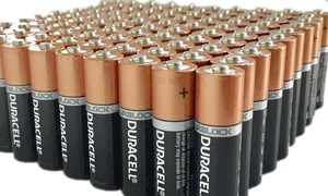 Duracell CopperTop Duralock Batteries: AA or AAA (100-Pack)