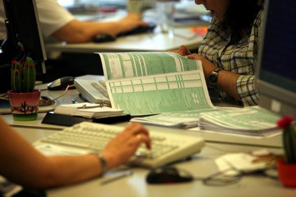 Φορολογικές δηλώσεις 2019: Οι πέντε παγίδες - Πώς θα γλιτώσετε πρόσθετα χαράτσια