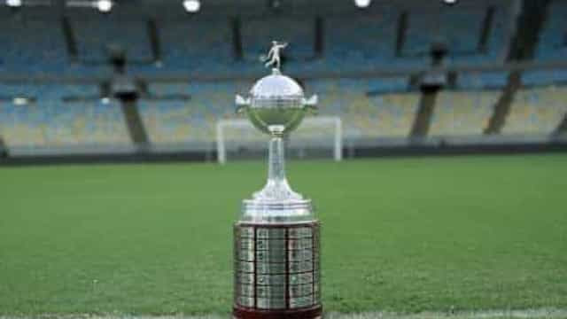 Atlético-MG atropela River e avança para pegar o Palmeiras na Libertadores