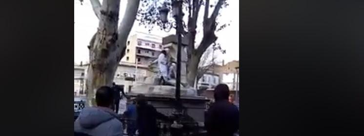 Włochy: Islamista dewastuje figurę Maryi i Jezusa. FILM