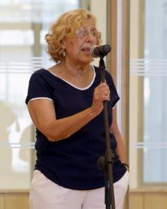 La alcaldesa de Madrid, Manuela Carmena, con la nueva portavoz del Grupo municipal socialista en el Ayuntamiento de Madrid, Purificación Causapié. EFE/J.J. Guillén