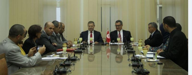 اتفاقية تعاون مع وزارة الشؤون الدينية