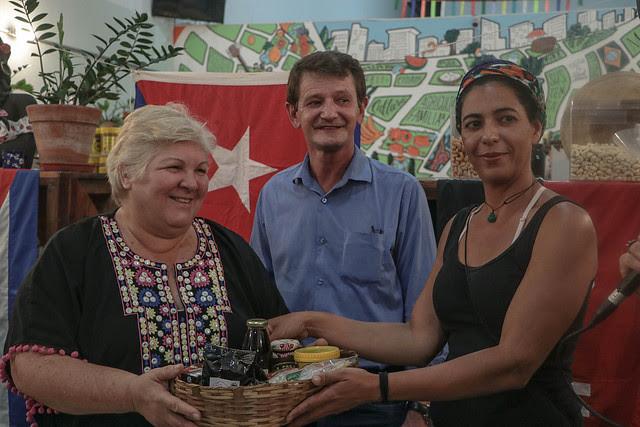 Aleida Guevara participa de una charla en Almacén del Campo, espacio cultural y de comercialización del MST en São Paulo - Créditos: Comunicación MST