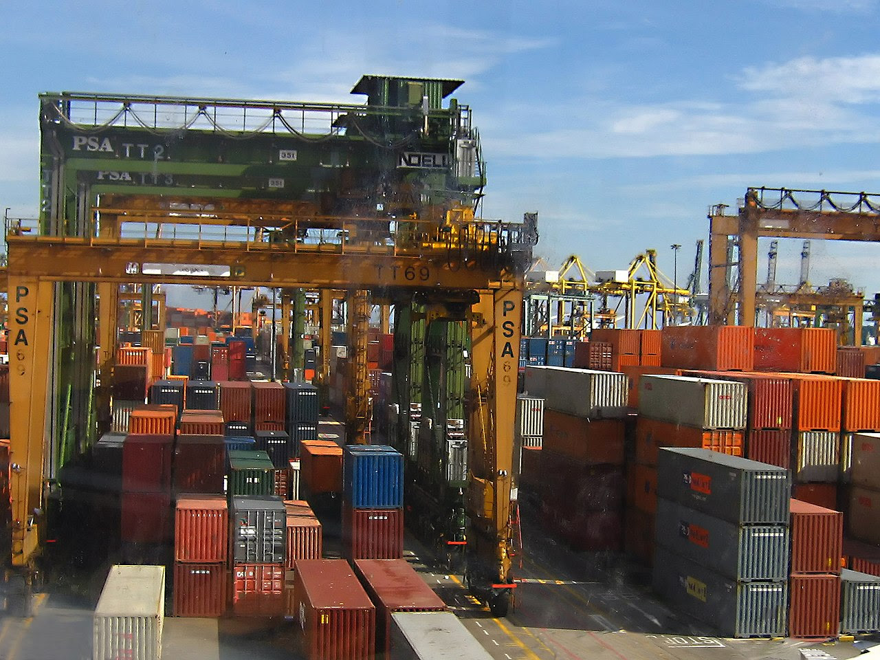Retailers Demand Bailout After Hanjin Collapse Paralyzes Trade