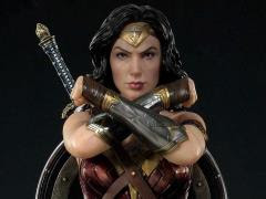JUSTICE LEAGUE MUSEUM MASTERLINE WONDER WOMAN STATUE