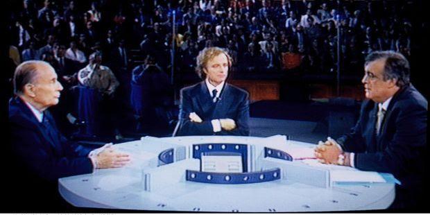 François Mitterrand et           Philippe Seguin sur TF1 le 3 septembre 1992.