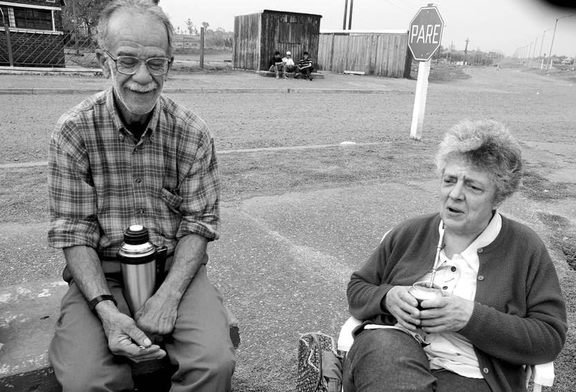 Nicolás Colacho Esteves y Luz Charito Estefanell, durante los festejos de los 50 años de UTAA, en Bella Unión. Fto: Sandro Pereyra (archivo, setiembre de 2011)