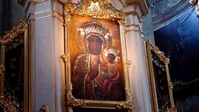 Znalezione obrazy dla zapytania W kościele metropolitalnym w Lublinie: ŚWIĘTO NAJŚWIĘTSZEJ MARYI PANNY PŠACZĄCEJ