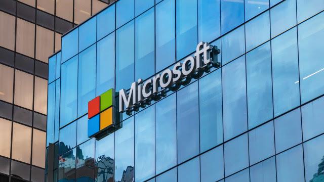 Microsoft se une à imprensa europeia para obrigar big techs a pagarem por notícia