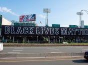 El equipo profesional de béisbol los Medias Rojas de Boston expresa su solidaridad con el movimiento Black Lives Matter.