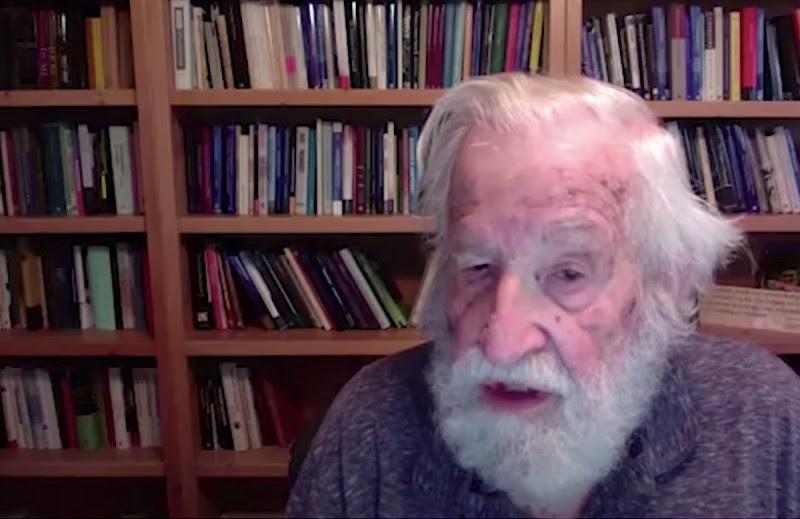 <p>Noam Chomsky, durante la entrevista realizada por videoconferencia.</p>