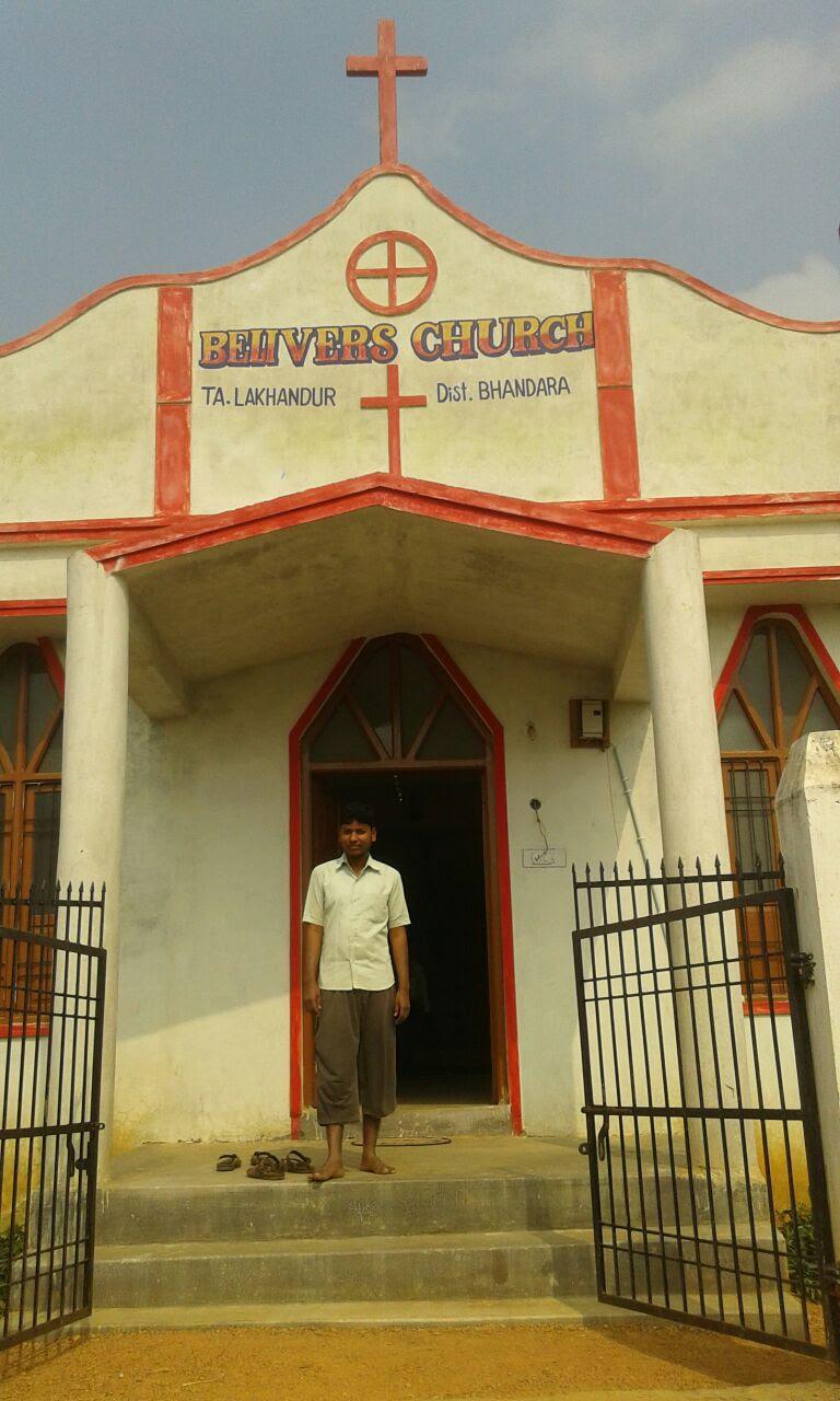Pastor Lakhan Makde_ Lakahndur_ Maharashtra 7 January 2017