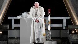 El Papa en el Memorial de la Paz en Hiroshima, foto de archivo