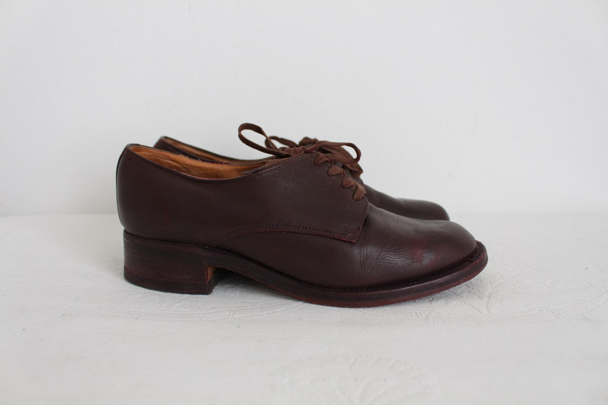 VINTAGE GENUINE LEATHER BROWN DERBY SHOES - SIZE 6