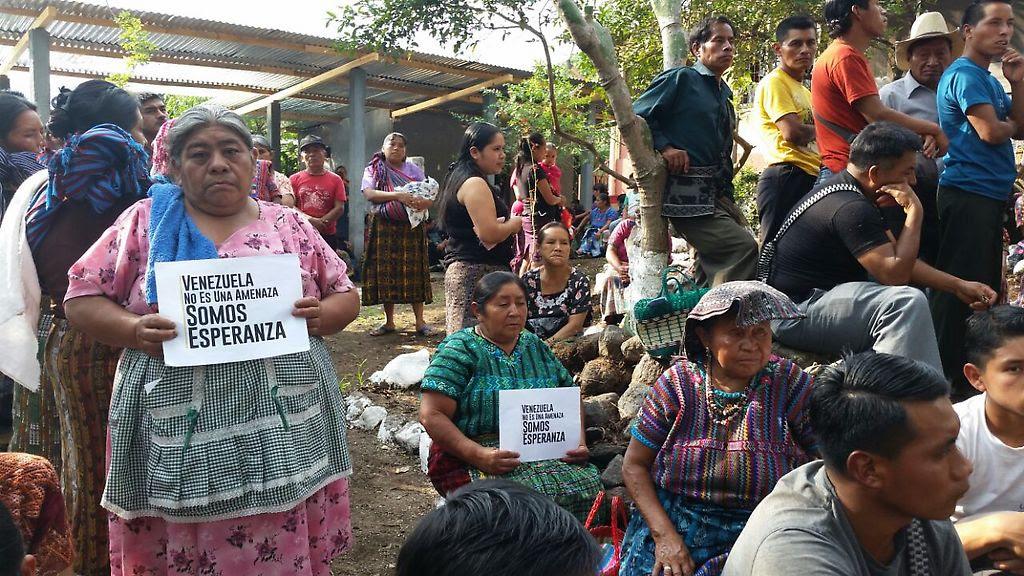 Recolección de firmas en Guatemala
