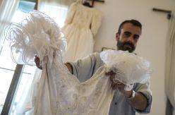 El coleccionista de vestidos de novia a 10 euros en Wallapop o cómo dar una muerte digna al amor