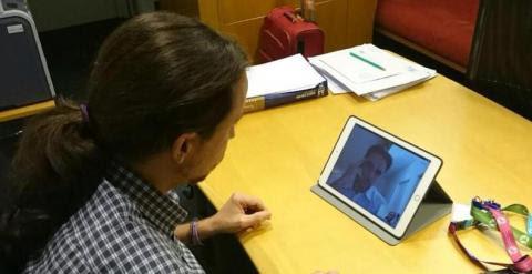 Pablo Iglesias y Hervé Falciani por videoconferencia.- Twitter de Iñigo Errejón (@ierrejon)