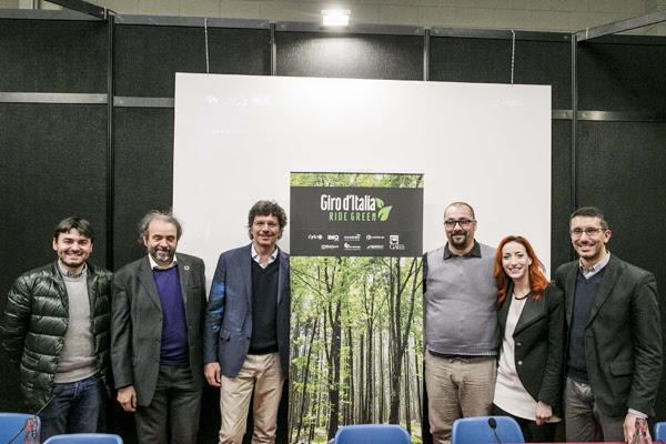 a0471246 0700 4c73 b50c 21c0d6a2298c GIRO D'ITALIA RIDE GREEN: L'IMPATTO SOCIALE DELLA CORSA ROSA