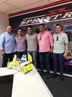 O contrato foi firmado na tarde desta segunda-feira (12) na sede da Sprint Race (Divulgação)