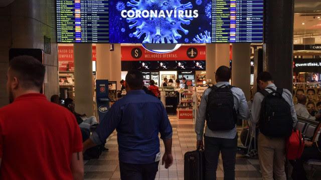Reino Unido proíbe viajantes do Brasil devido a nova variante do coronavírus