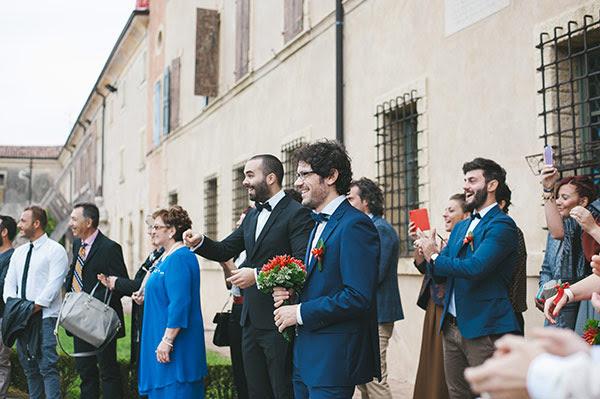 arrivo della sposo e sposo in trepidante attesa | Matrimonio anni 50