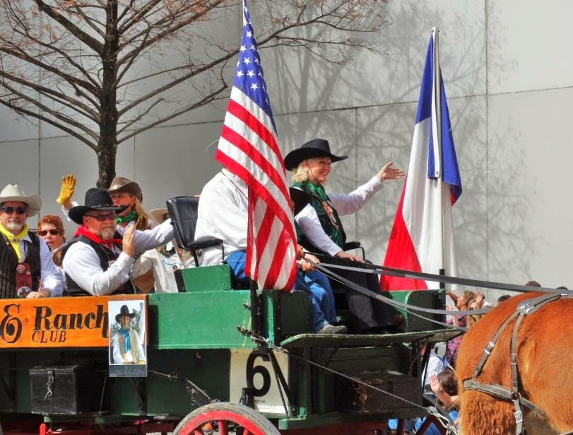Houston-Farm-and-Ranch-Club-wagon-at-trailrider-Rodeo-Parade-2014-in-Downtown-Houston-TX