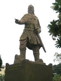 File:Tran Hung Dao statue.jpg - Wikimedia Commons