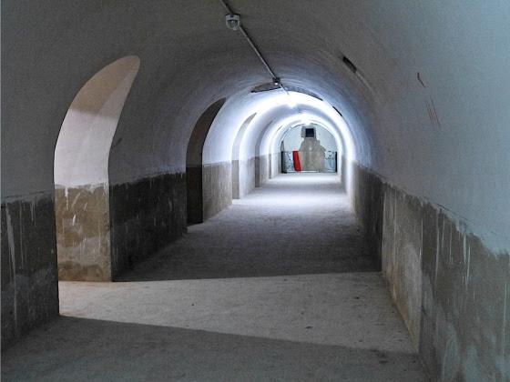 Refugio antiaéreo del Lluis Vives, arquitectura olvidada y desconocida. Foto Mercedes Grau