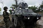 Militares colombianos de guardia en la frontera con Venezuela