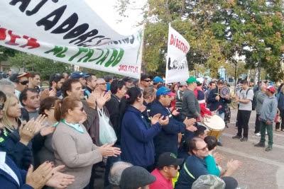 """Bella Unión se movilizó: """"Nos están fundiendo"""""""